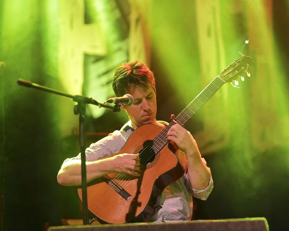 Jim Murray performing at Ireland Folkfest Killarney at the INEC, Killarney